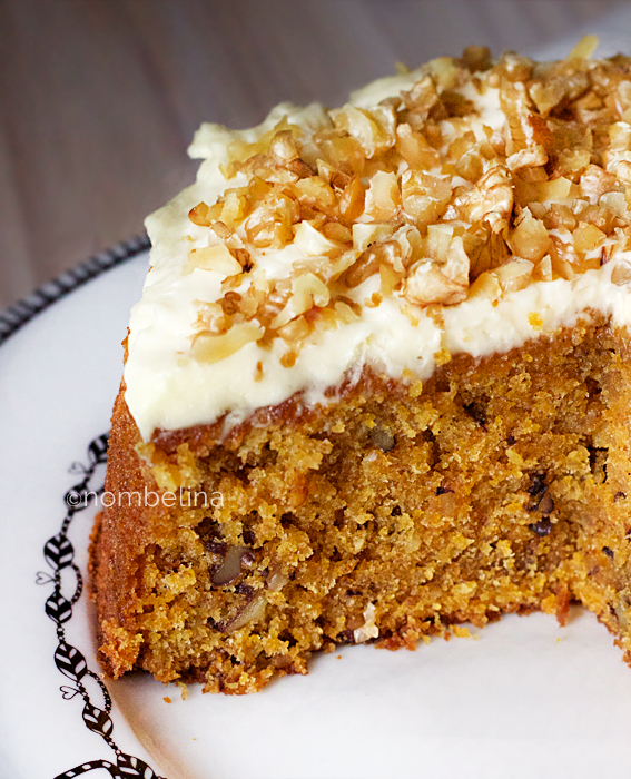 Carrot cake met cream cheese icing