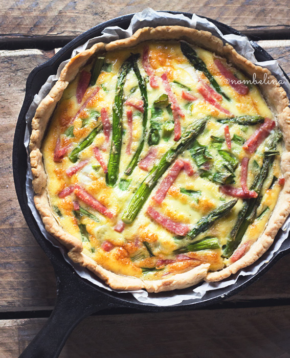 Quiche with Green Asparagus and Ham