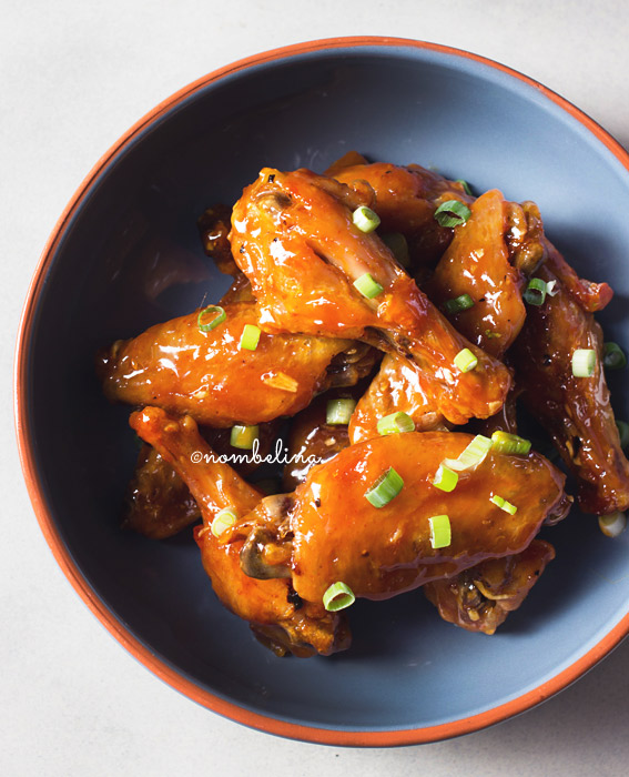 Sriracha honing chicken wings