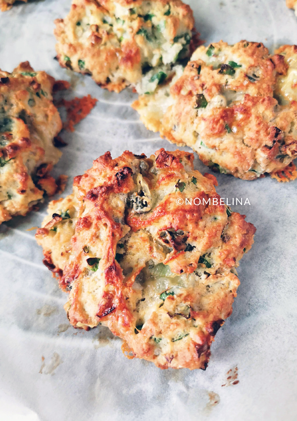 Gorgonzola bosui drop biscuits
